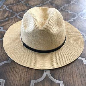 NWOT Calvin Klein Panama Straw Hat